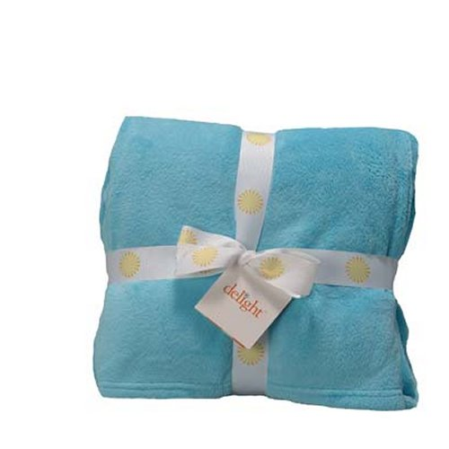 Warm and Soft Fleece Throws in a Variety of Colors