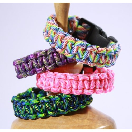 Survival Bracelet for Women made from Para-cord